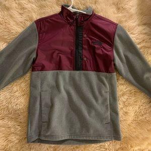 The North Face Men's half zip fleece pullover